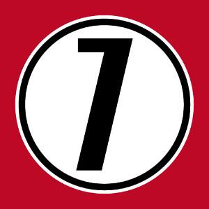 Imprimez votre t-shirt numéro 7 personnalisé avec ce chiffre 7 sur fond rond opaque.