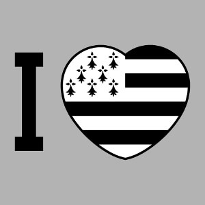 Coeur et drapeau breton, un design j'aime la Bretagne personnalisé.
