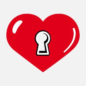 T-shirt Large cœur portant une serrure customisé en ligne.