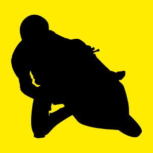 Silhouette de motard dans un tournant, personnalisez votre t-shirt moto en ligne.