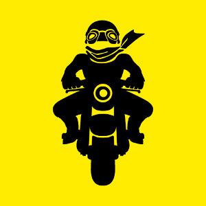 Tee shirt Petite silhouette de motard rigolo à casque et lunettes vintages à imprimer.