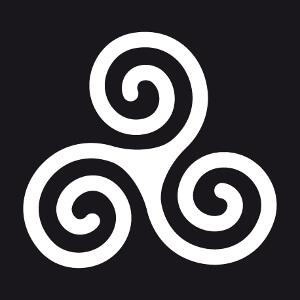 T-shirt Triskel breton simple à branches en spiraltes à imprimer soi-même en ligne.