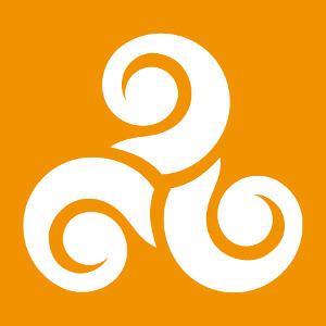 Motif celte à trois branches en spirales terminées par de gros empattements.