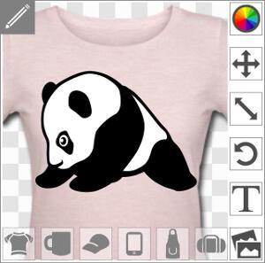 Bébé panda assis dessiné de profil, tête vers l'avant et pattes écartées. Créez votre tee shirt panda personnalisé.