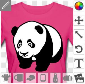 Bébé panda dessiné de trois quarts face, tourné vers la gauche, à quatre pattes. Design noir et blanc en style kawaii avec des grands yeux à reflet.
