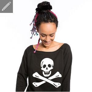 T-shirt Femme drapeau pirate à personnaliser en ligne.