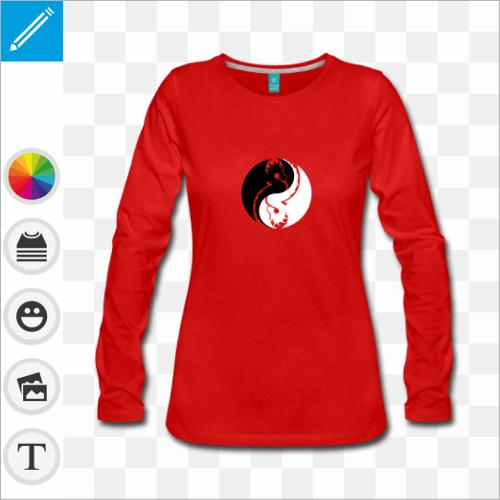 T-shirt manches longues rouge pour femmes avec motif dragons formant un cercle yin yang.